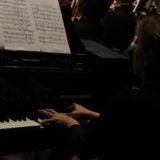 Centro Nacional de la Música requiere los servicios de Pianista acompañante